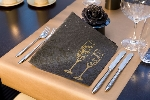 Luxusný obrúsok 40cm Salute black (1ks)