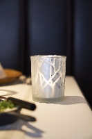 Skleněný svícen Shimmer stříbrný s námrazou 10x8cm