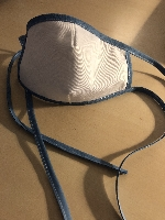 Bavlněné bílé rouška s modrým lemem - vhodné na vyvářku