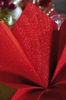 Luxusné obrúsky 40cm červené s trblietkami (50ks)
